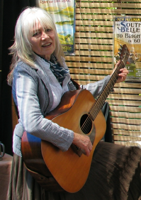 Jean Reid with Guitar.